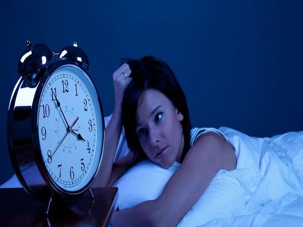 cách khắc phục tình trạng mất ngủ