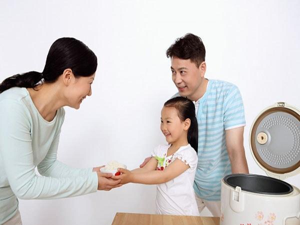 Con 3-4 tuổi, giáo dục thế nào là đúng cách?