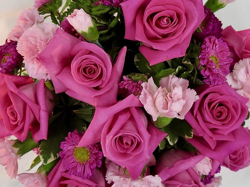 Nên tặng hoa hồng cho người yêu ngày Valentine 14.2