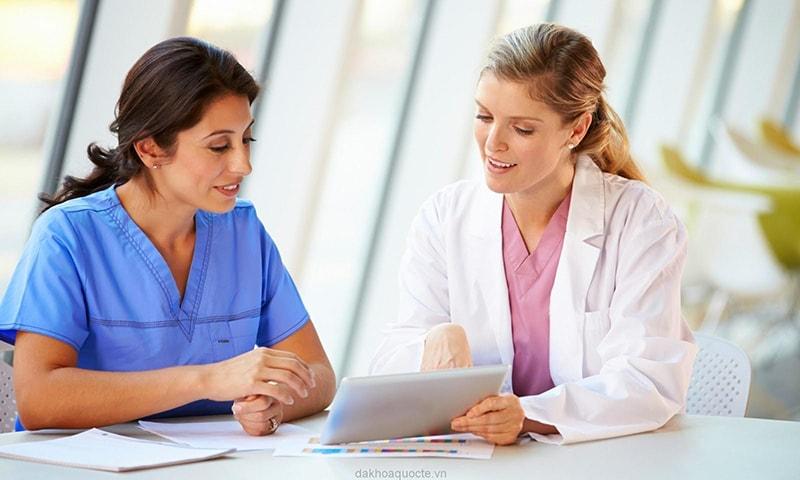 Làm việc, học tập có khoa học để ngăn ngừa tình trạng mãn kinh sớm